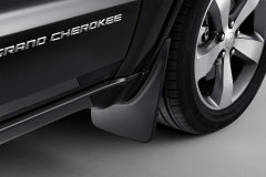 Paraspruzzi anteriori sagomati per Jeep Grand Cherokee