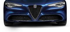 Griglia Frontale Con Inserto ''V'' In Carbonio Per Versioni Super E Giulia